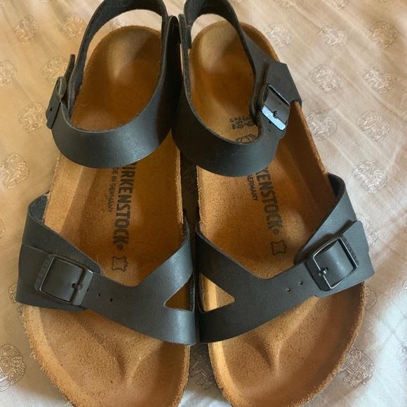 Birkenstock Shoes - BNWT Birkenstock Rio Size 39